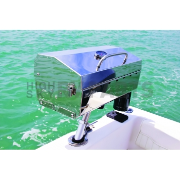 Camco Barbeque Stainless Steel Propane Grill - 58131-1