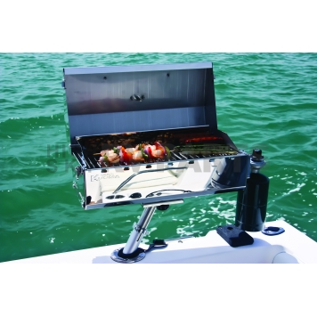 Camco Barbeque Stainless Steel Propane Grill - 58131-7