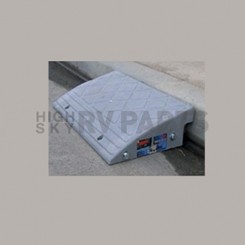 Prime Products Curb Ramp - 2000 Lbs - Single - 33-0111-5