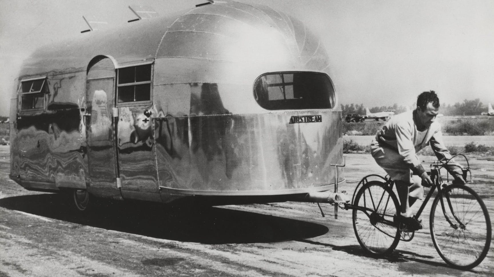 Airstream pulled by French cyclist Alfred Letourneur